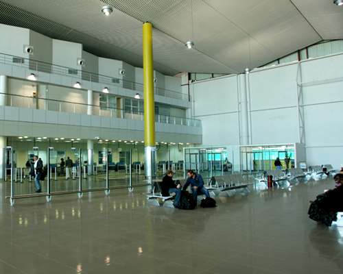 Inside-the-terminal-building