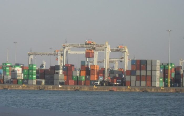 Port_of_Durban_containers