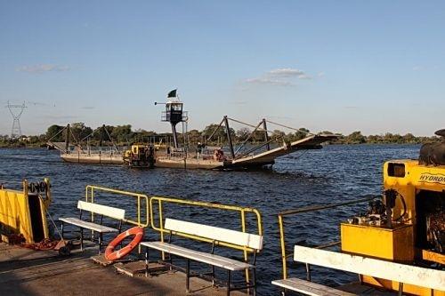 w147893_4051_kazungula-ferry-border-control-zambia_kazungula-ferry-zambia