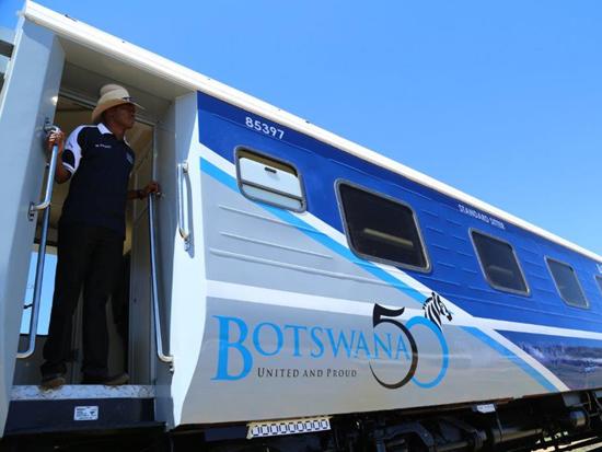tn_bw-br-coaches-bdexpress-botswana-50-transnet