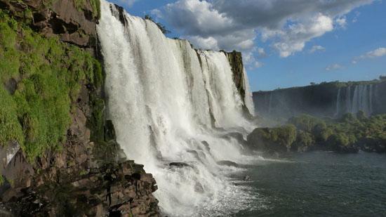 iguazu-falls-455609_960_720