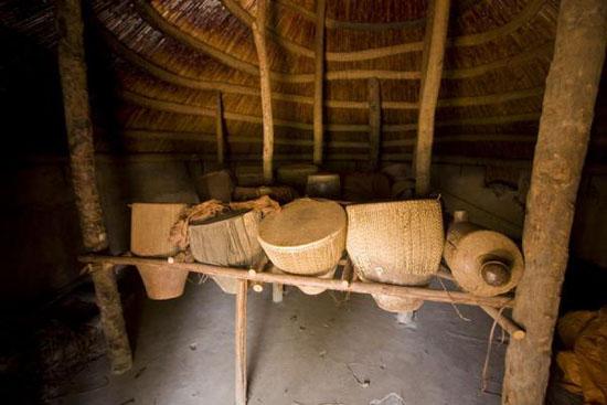kasubi-tombs03