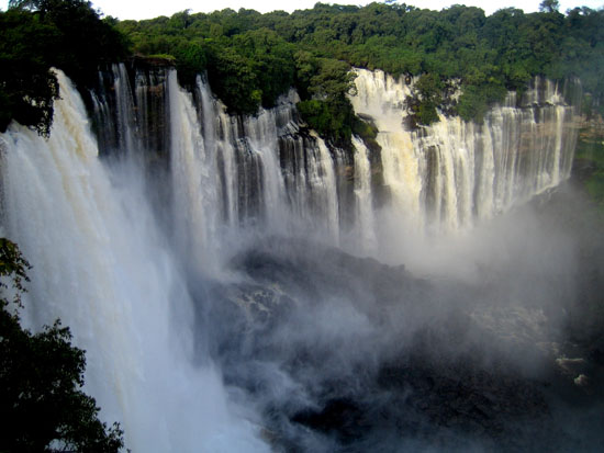 KALFALLS_001_Photo_by_Paulo-César-Santos_WIKIPEDIA