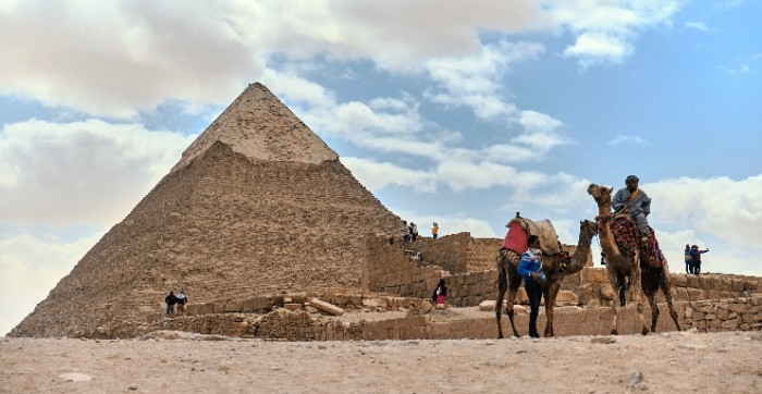 GIZA_004_PHOTO_BY_jose-ignacio-pompe-UNSPLASH