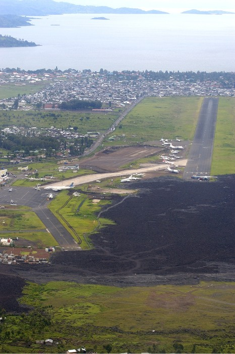GOMA_AIRPORT_001_PHOTO_BY_Guido-Potters_WIKIPEDIA